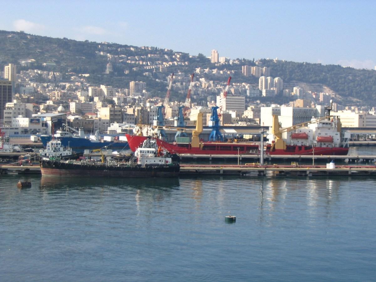 עיגון מערכות שונות בנמל חיפה עם עוגן כימי דבק מיתד אפוקסי