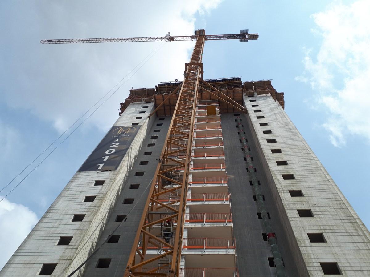יבנה מלכי בנייה