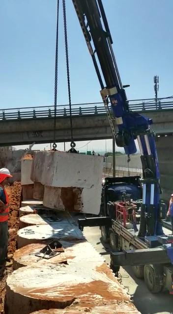 הזזת קירות בטון כביש 531 מגדיאל עם בורג בטון בהברגה ישירה BT