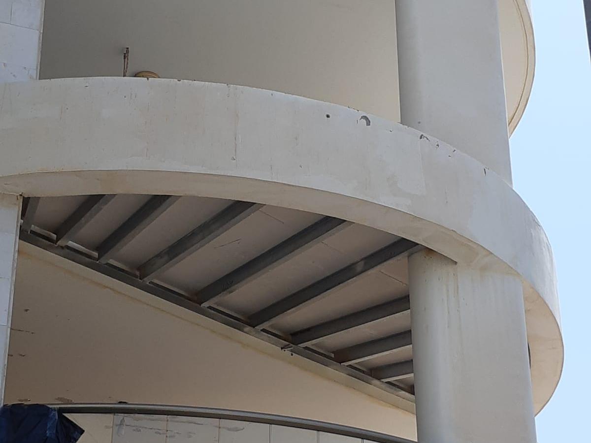 עיגון מרפסות חדשות לבניין קיים במודיעין עם עוגן חץ לבטון סדוק MTP-X