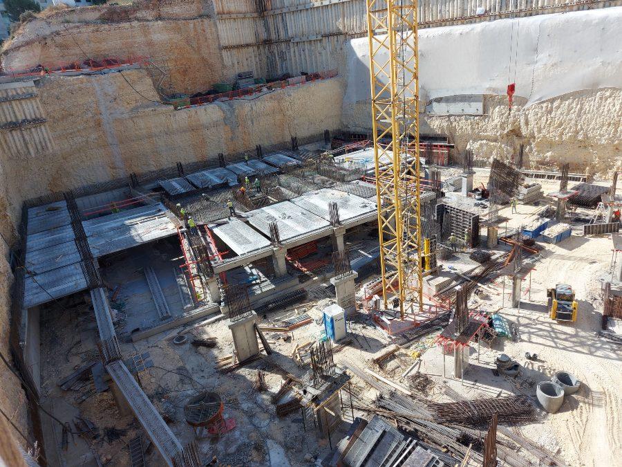 מגדל רם ירושלים בורג עיין BTeye, בורג בטון BT, דבק כימי