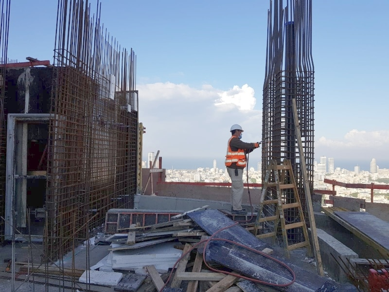 Alfa Tower- בורג עיין לעבודות בגובה BTeye, בורג בטון לרגל תבניות BT, דבק כימי להדבקת קוצים Chemfix200
